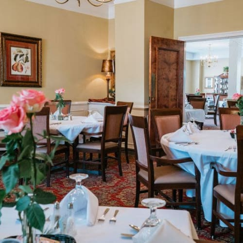 Private dining room at Wesley Gardens in Montgomery, Alabama.