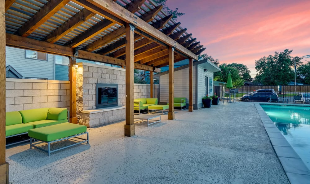 BBQ area at Stratus Townhomes in Westminster