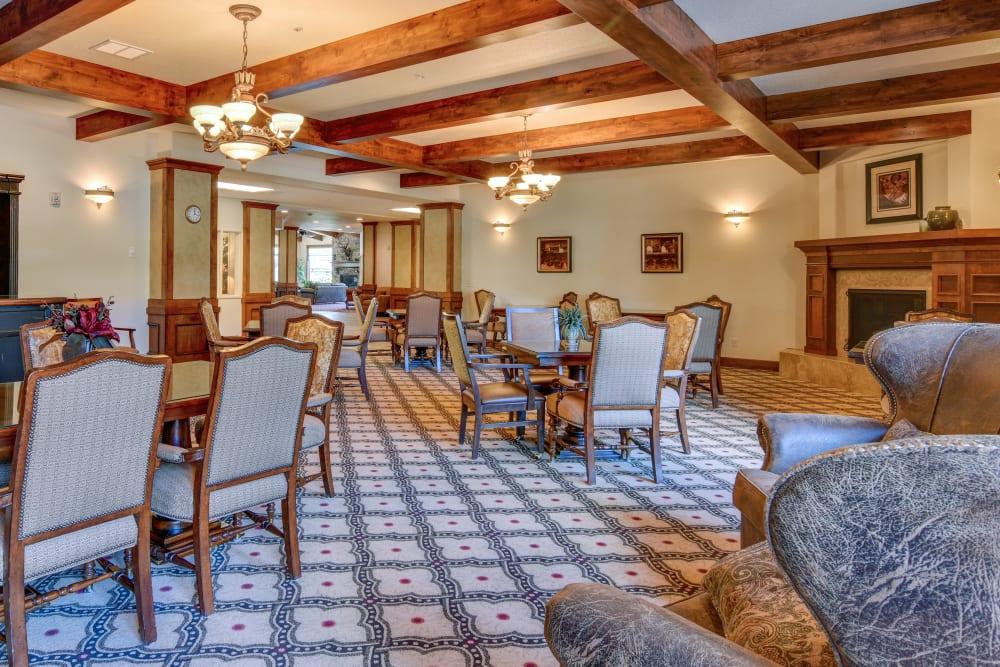 Dining room at The Springs at Veranda Park in Medford, Oregon