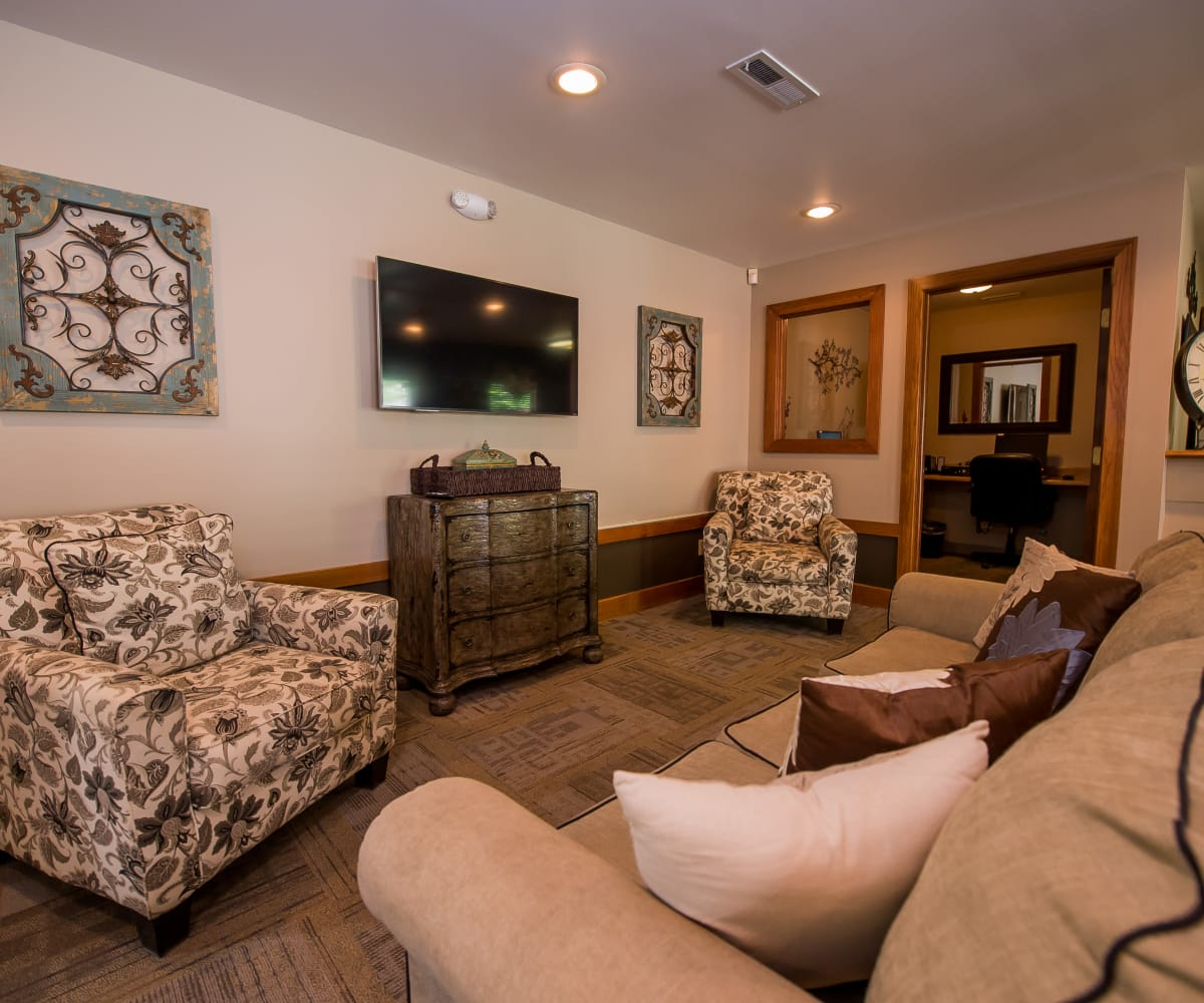 Comfortable seating in the clubhouse at Huntington Park Apartments in Wichita, Kansas