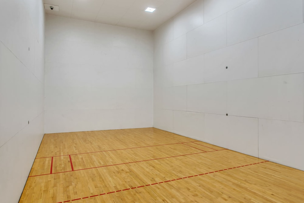 Enjoy Apartments with a Racquetball Court at The Estates of Northwoods in San Antonio, Texas
