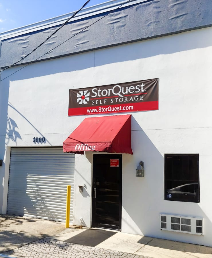 Exterior of the leasing office entrance at StorQuest Express - Self Service Storage in Tampa, Florida
