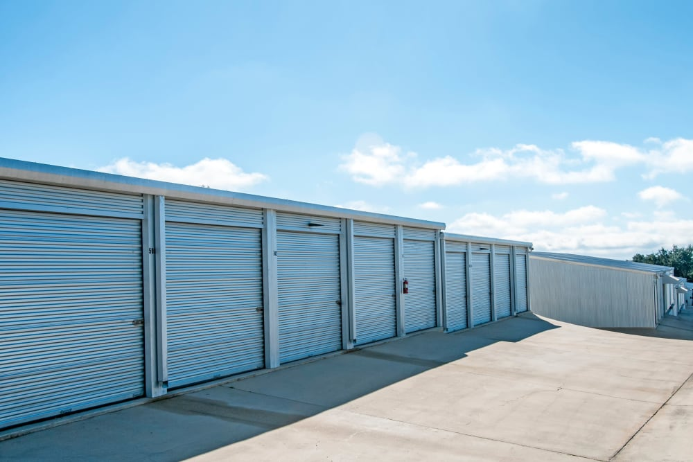 Exterior Units Lockaway Storage in Boerne, Texas