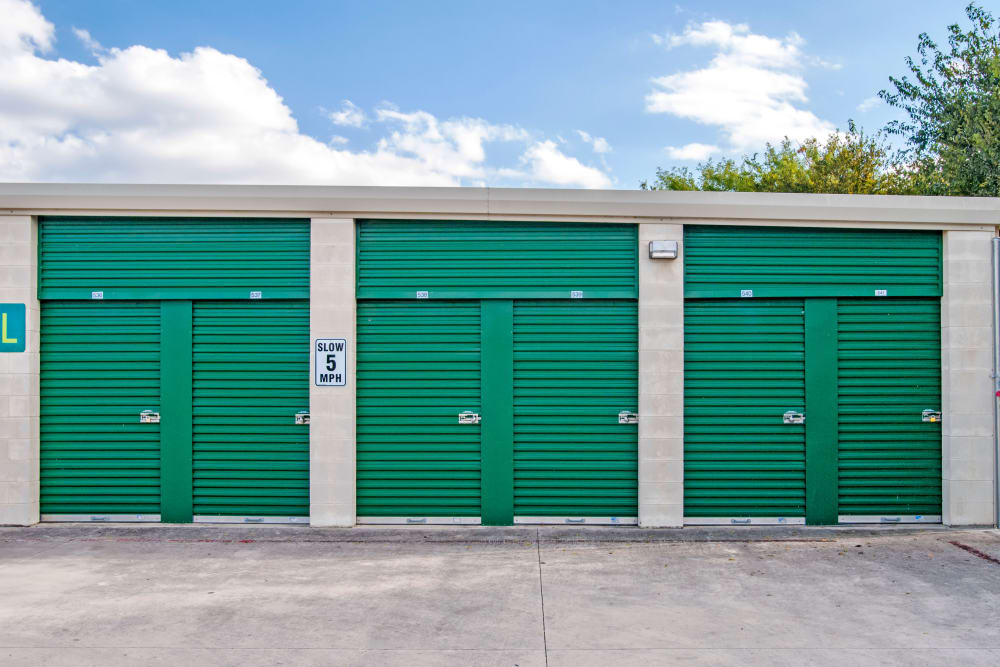 Exterior Units San Antonio, Texas near Lockaway Storage