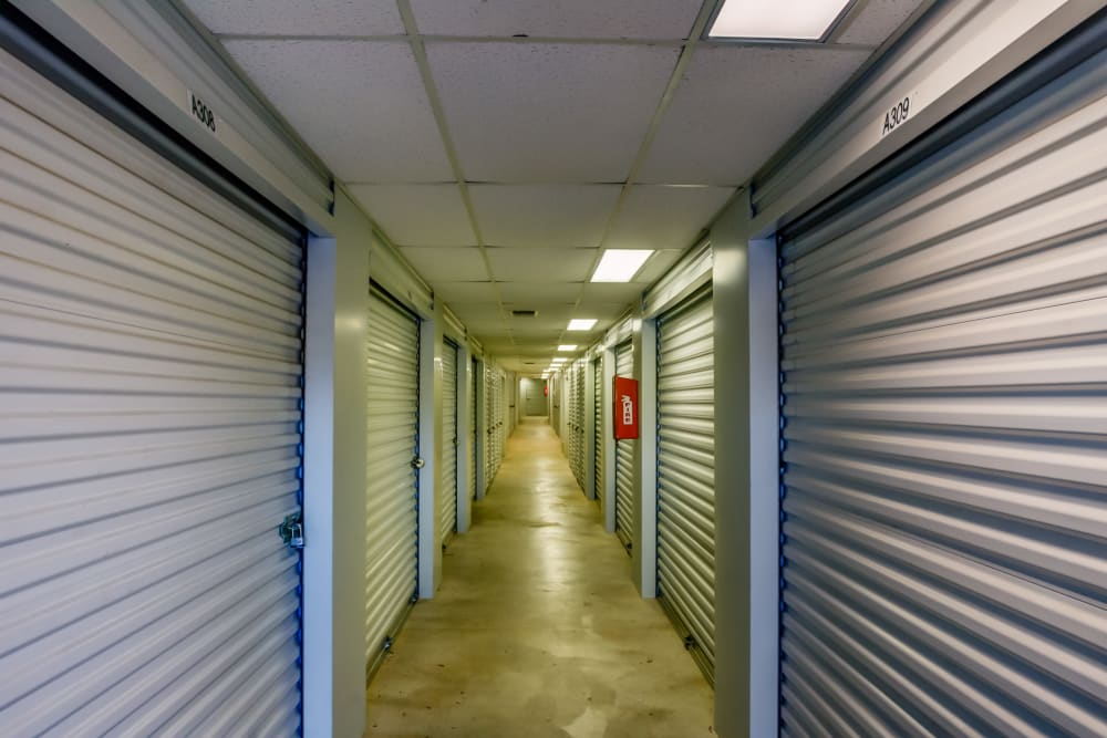 Lockaway Storage Airport Interior Units