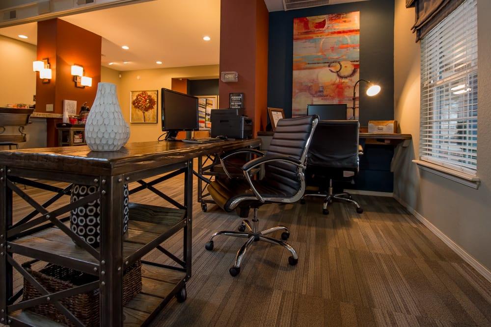 Photos of Apartments in Tulsa, OK | Waterford Tulsa Apartments
