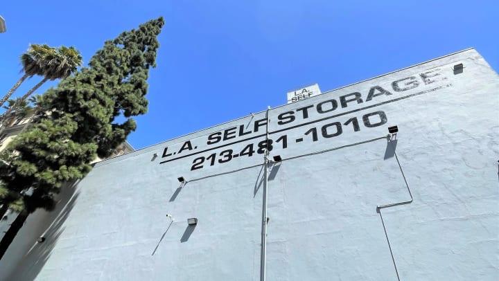Los Angeles Self Storage Sign