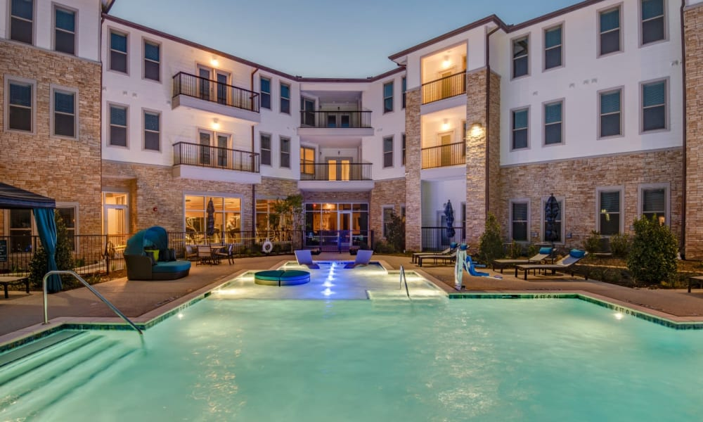 Huge pool for residents to relax and cool off in at Bellrock Upper North in Haltom City, Texas