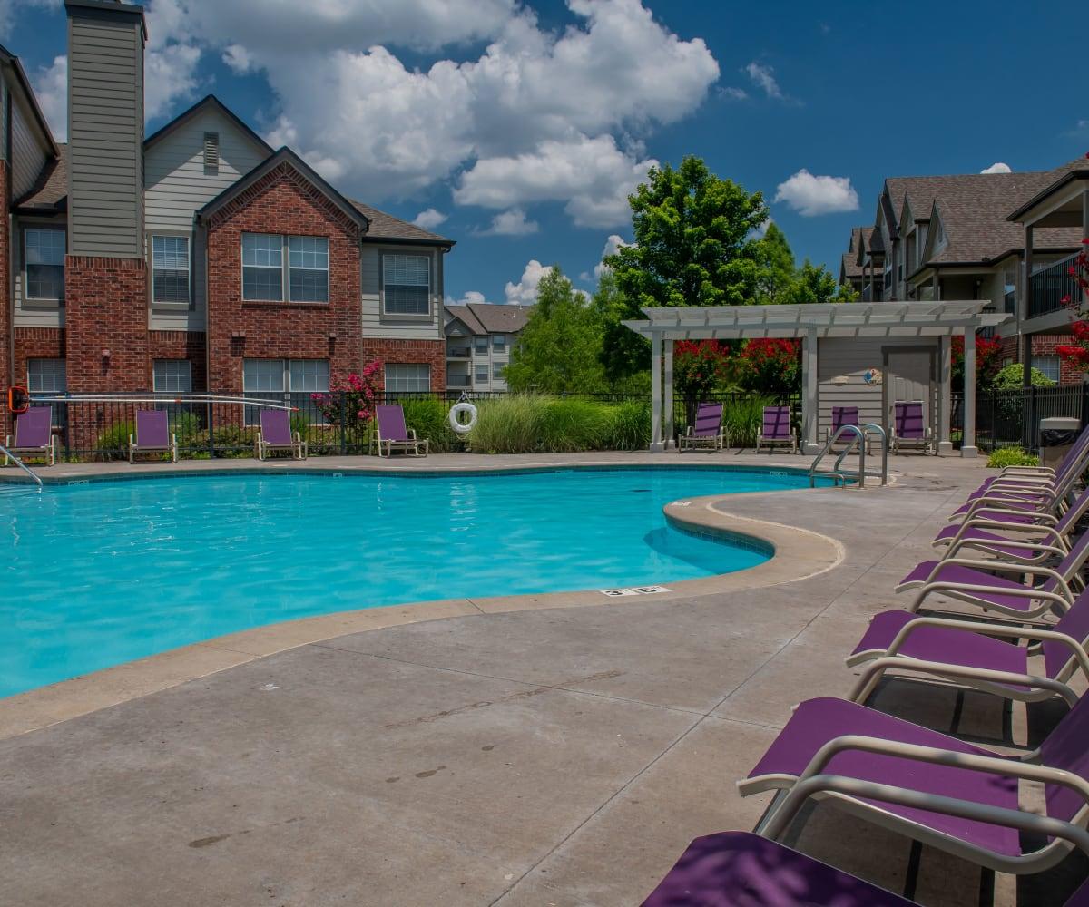 Swimming pool at Villas at Aspen Park in Broken Arrow, Oklahoma