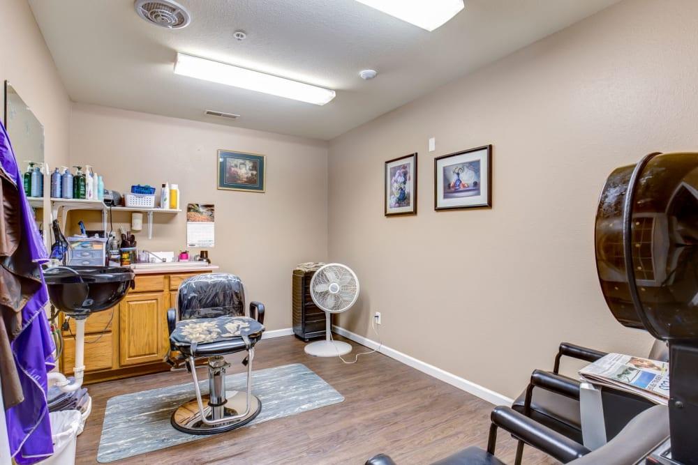 Salon at Brookstone Estates of Rantoul in Rantoul, Illinois