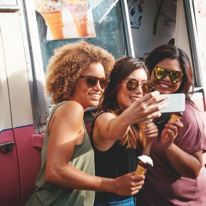 Friends enjoying ice cream in Oklahoma City, Oklahoma near Crown Pointe Apartments