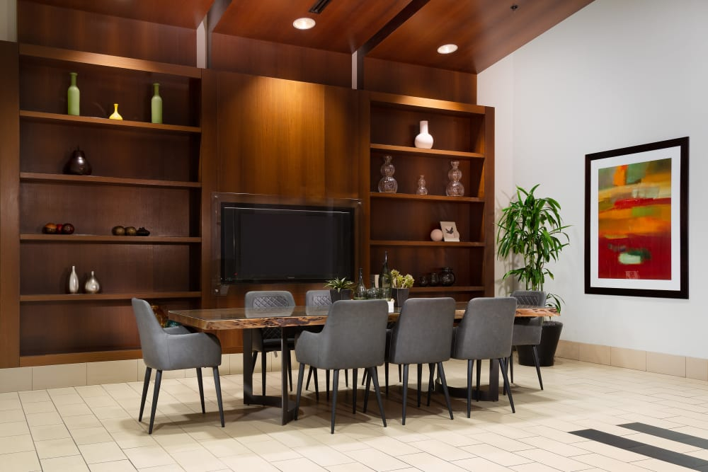 apartments with conference rooms