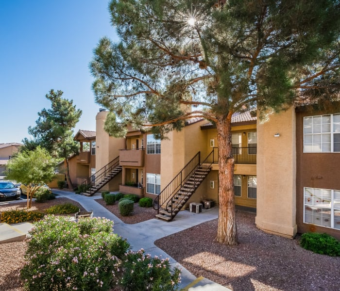 Village In The Woods Apartment: Apartments In Las Vegas W/ A Gym, Pool, A/C, Garages