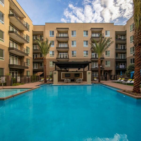 Resort-style swimming pool area at Carter in Scottsdale, Arizona