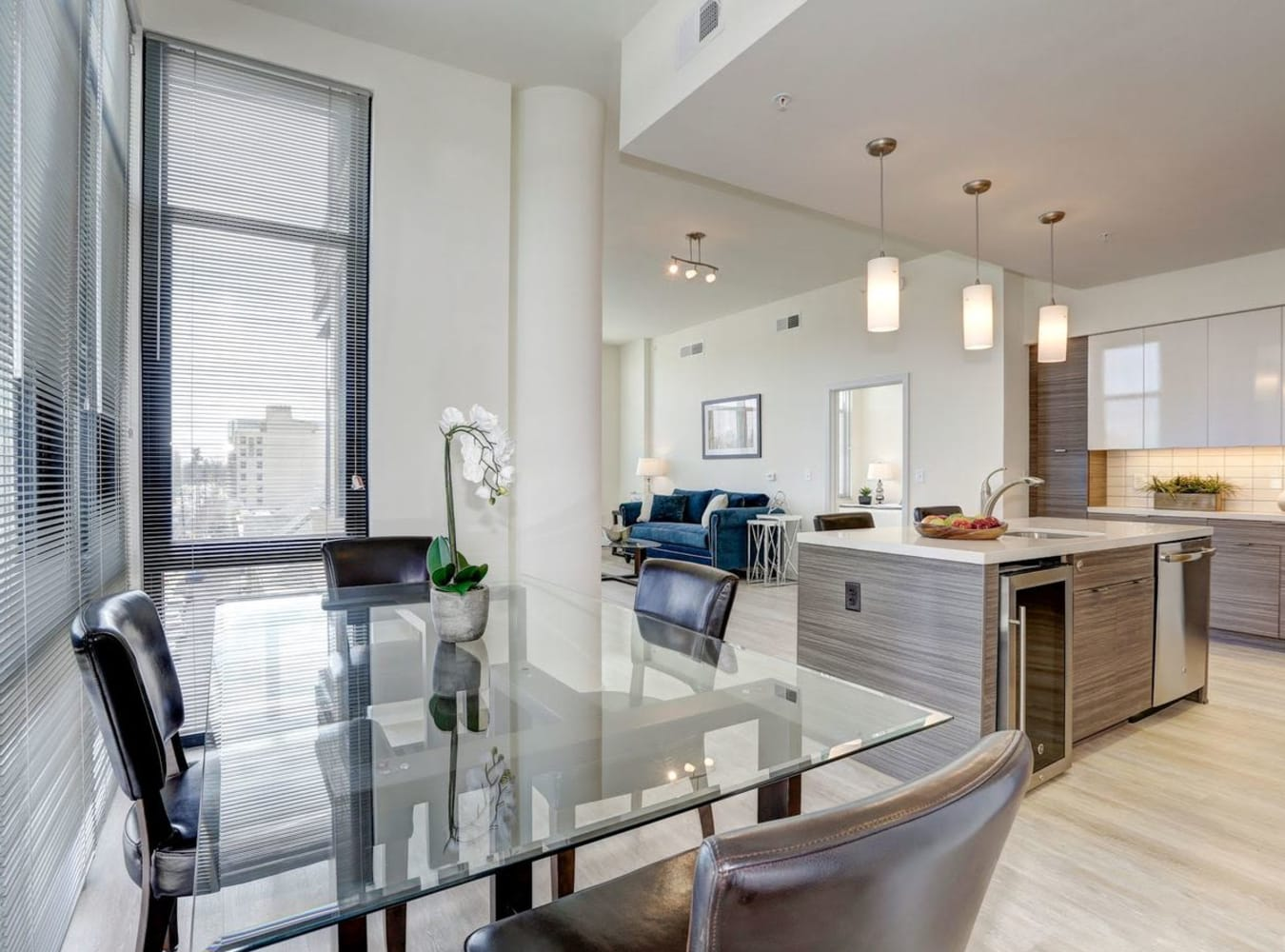 An open-concept floor plan at Solaire 7077 Woodmont in Bethesda, Maryland