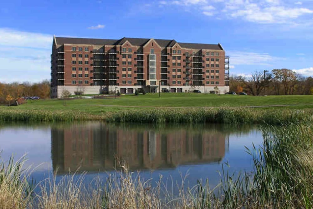 Pond at 301 Riverwalk Place in Buffalo Grove, Illinois