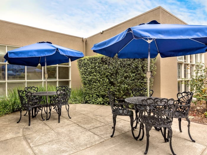 Exterior chairs at Pacifica Senior Living Mission Villa in Daly City, California