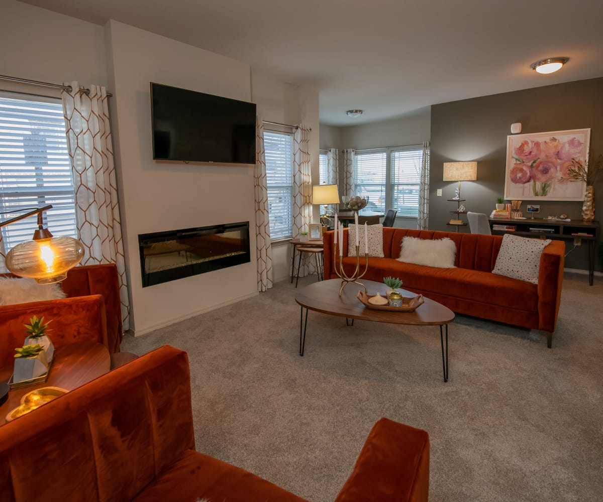 Living room at Stonehorse Crossing Apartments in Oklahoma City, Oklahoma