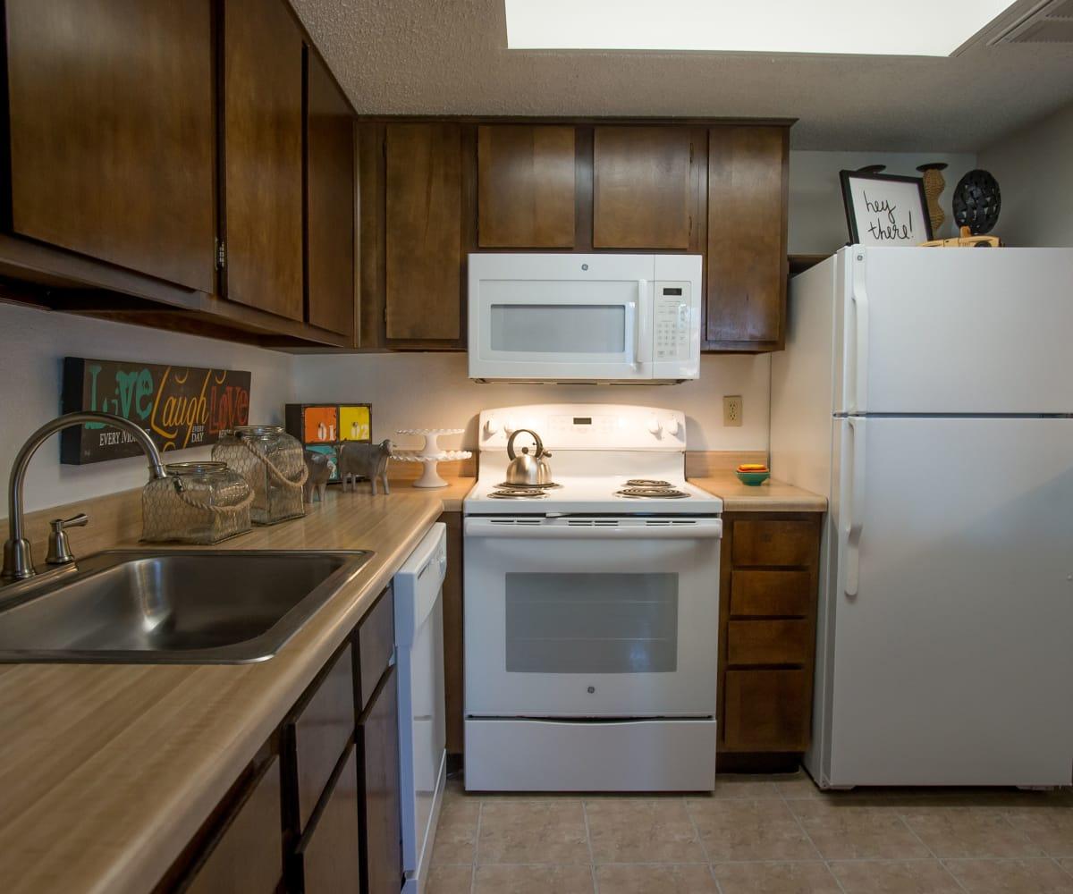 Kitchen at Hunter's Ridge in Oklahoma City, Oklahoma