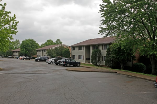 Brookview apartments in Dickson, Tennessee