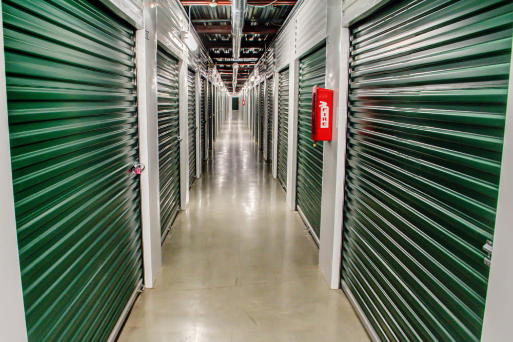 Lockaway Storage Encino Interior Units