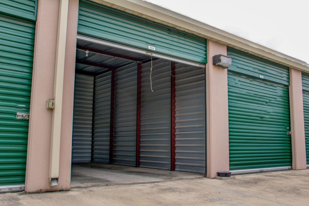 Exterior Units at San Antonio, Texas near Lockaway Storage