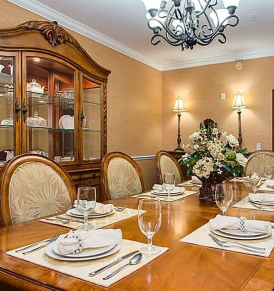 Nice dining table at Grand Villa of Melbourne in Florida