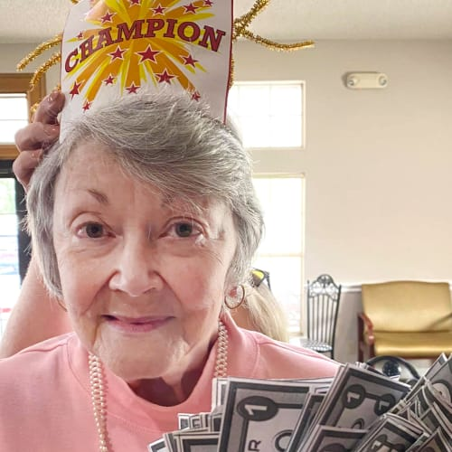Resident winning bingo at Canoe Brook Assisted Living in Ardmore, Oklahoma