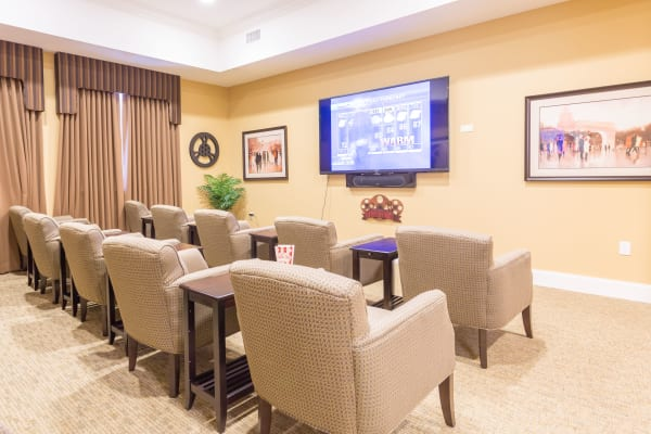 Month-to-Month Rentals at senior living community in Lombard, IL