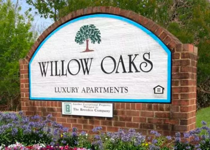 Link to neighborhood page at Willow Oaks Apartments in Chesapeake, Virginia