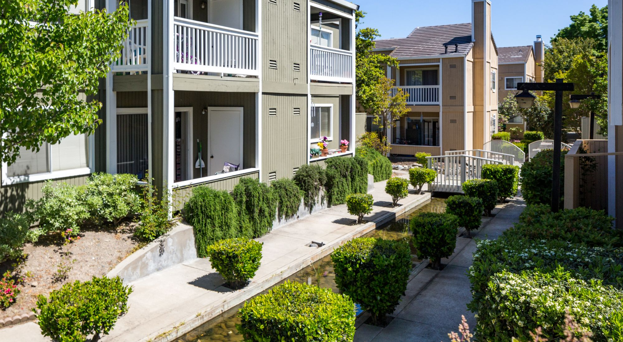 Pet-friendly apartments at Haven Martinez in Martinez, California
