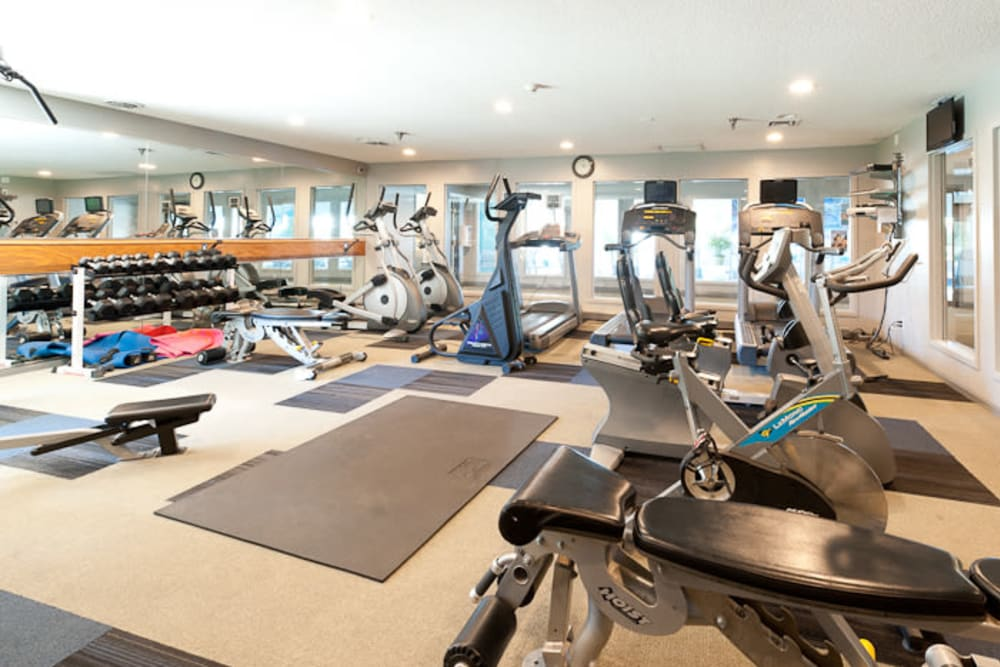 fitness center at apartments in West Des Moines, IA