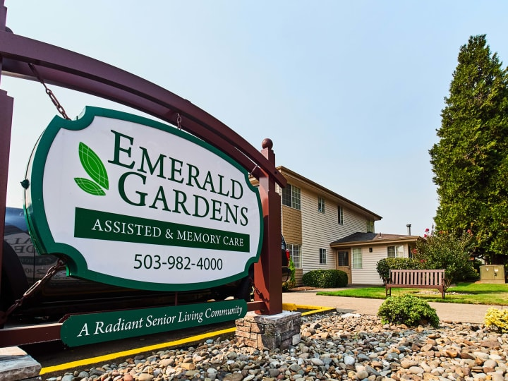 Emerald Gardens Assisted & Memory Care in Woodburn, OR