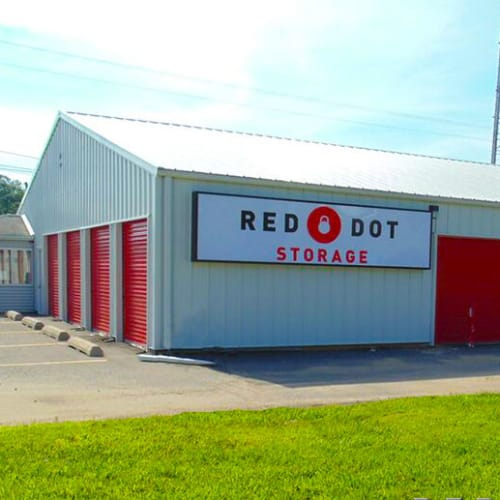 Outdoor storage units at Red Dot Storage in Peoria, Illinois