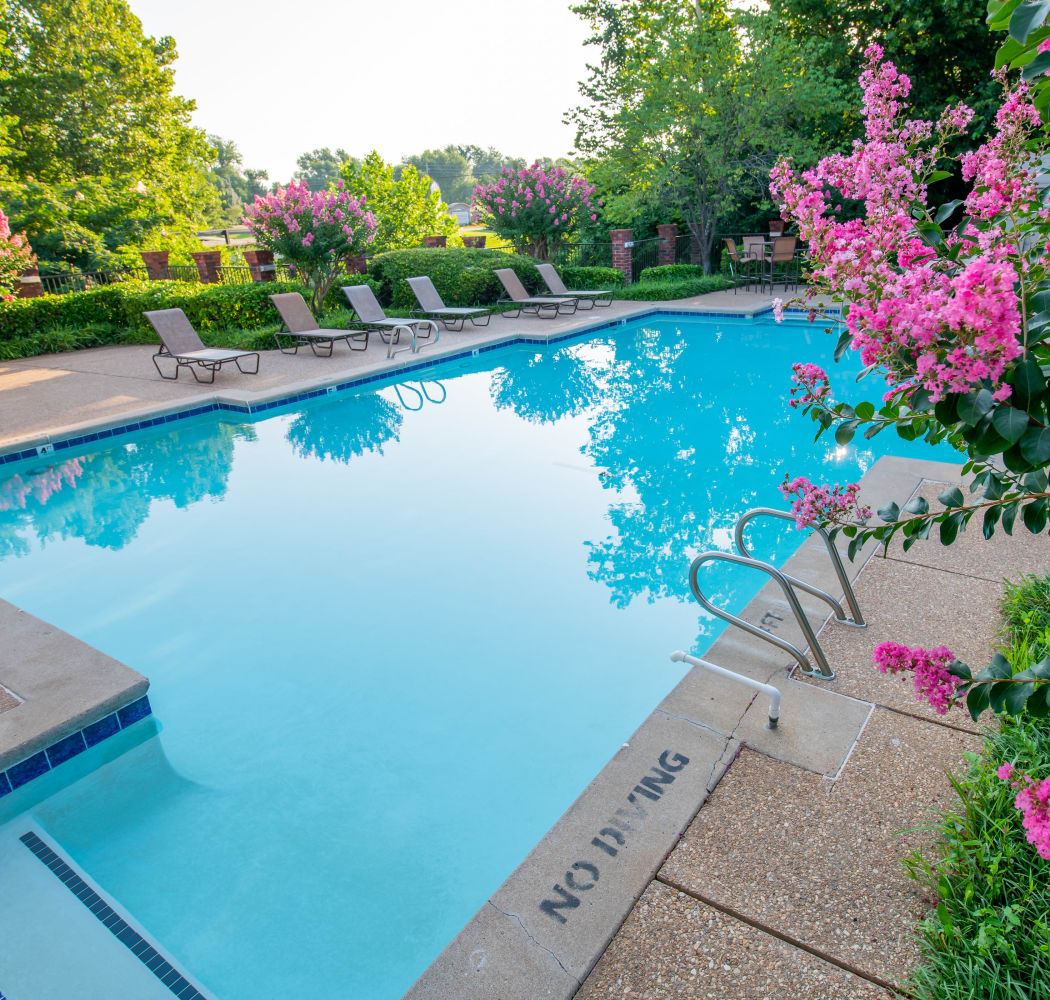 Resort style pool at Creekwood Apartments in Tulsa, Oklahoma