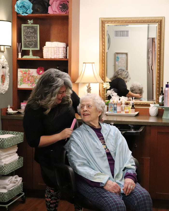 Salon & Barber Shop at The Springs at Carman Oaks in Lake Oswego, Oregon