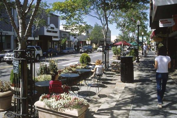 Jackson Park Mountain View Apartments Near Stanford University