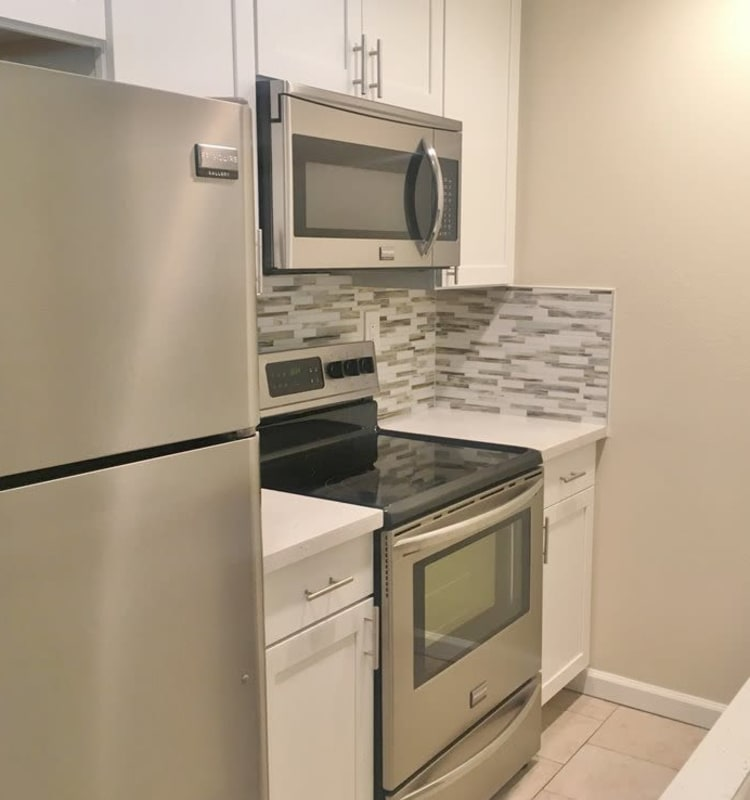 Cheap Apartments In California: Affordable Studio, 1 & 2 Bedroom Apartments In Canoga Park, CA
