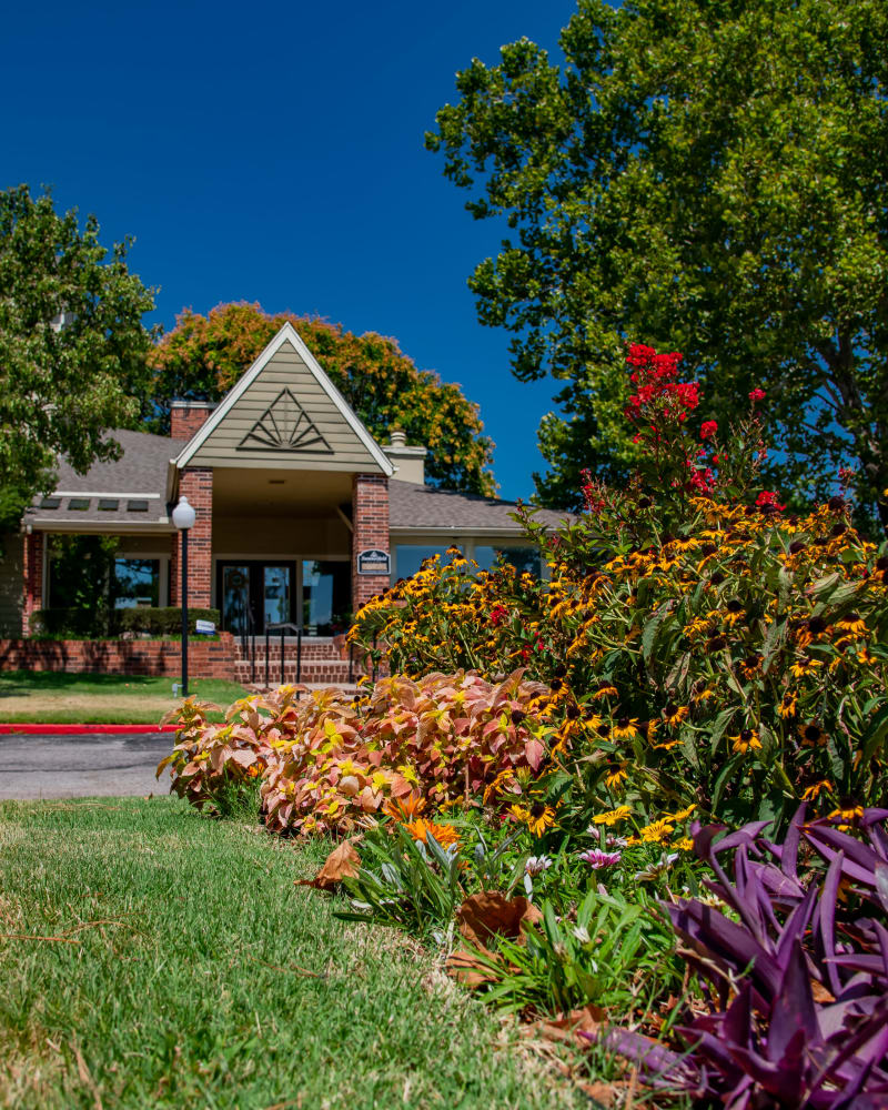 Beautiful clubhouse at Summerfield Place Apartments in Oklahoma City, Oklahoma